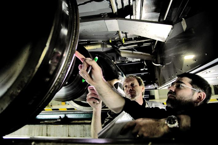 AGV-Cheftester Thierry Yonnet schaut in Velim genau hin (Foto: Alstom Transport)